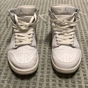 White Jordan 1s